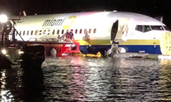 Boeing 737 Plane With 143 On Board Slides Into St. Johns River In Jacksonville